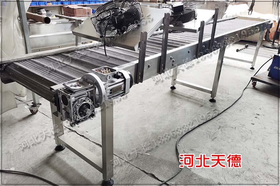 金属件喷涂输送线网带输送机