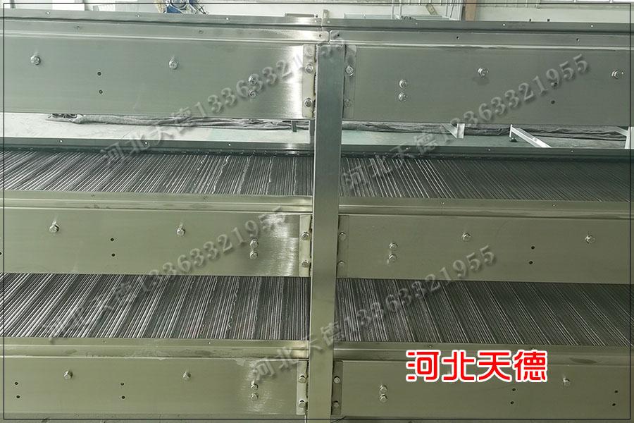 鳕鱼输送线支轴链输送机特点应用