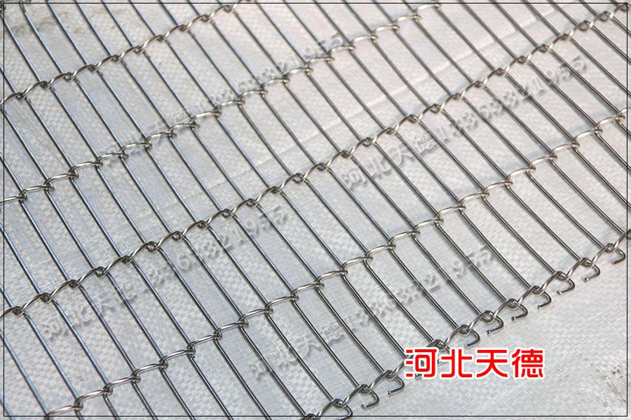 猫耳朵生产线不锈钢网带的设计理念